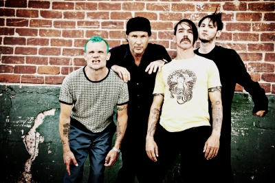 red_hot_chili_peppers__2016_400